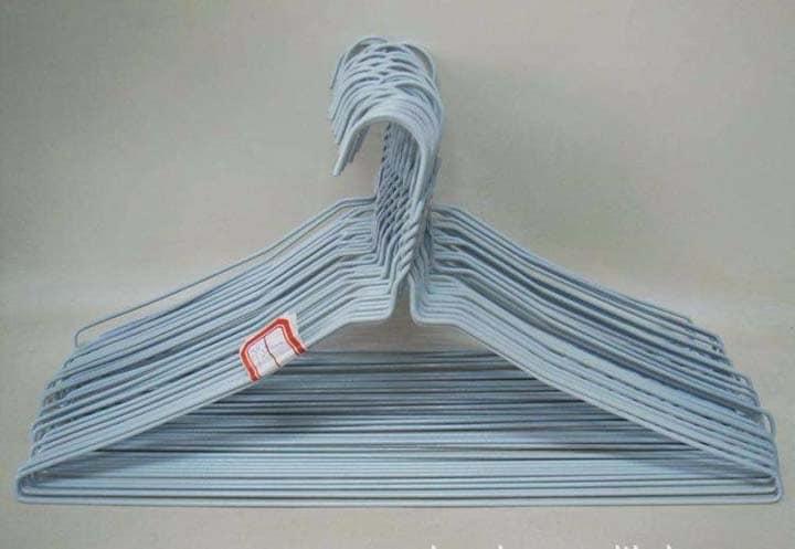 hangers made by hanger making machin e