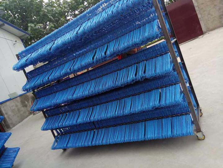 plastic coated hanger processing