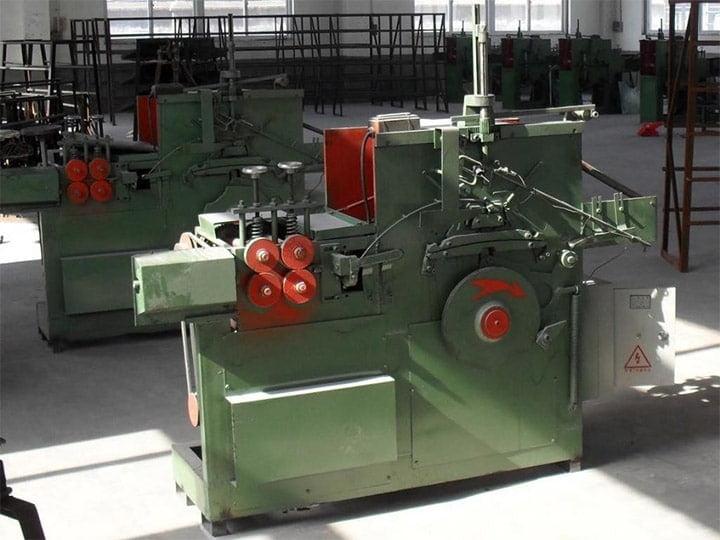 wire hanger machine