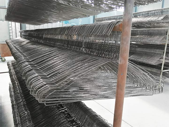 hanger is made by the hanger forming machine